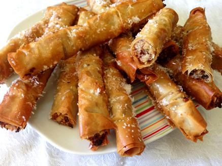 אצבעות פילו עם אגוזים וקוקוס