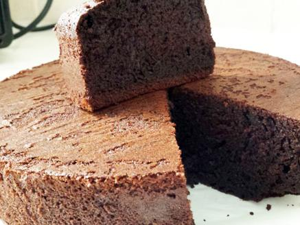 עוגת שוקולד בחושה פשוטה
