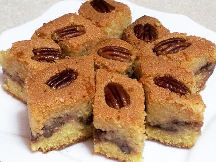 בסבוסה - עוגת סולת עם תמרים ואגוזים