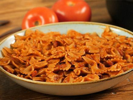 פסטה ברוטב עגבניות פשוט