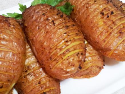 מניפת תפוחי אדמה בתנור