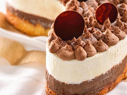 עוגת מוס גבינה ושוקולד