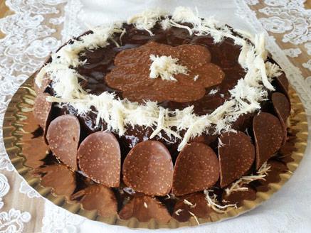 עוגת נוגט וחלבה