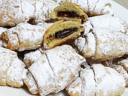 עוגיות במילוי קוביות שוקולד