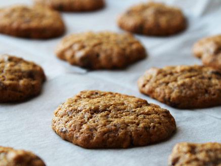 עוגיות טחינה ושיבולת שועל