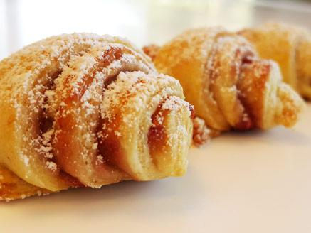 עוגיות חשק מגולגלות עם ריבת תות