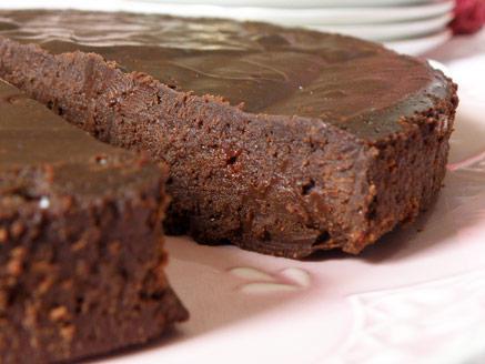 עוגת שוקולד מ- 3 מרכיבים
