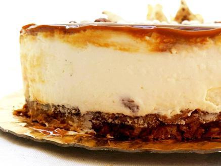 עוגת גבינה בציפוי ריבת חלב