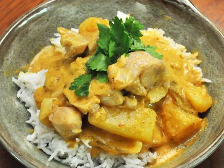 תבשיל קארי מסמאן תאילנדי