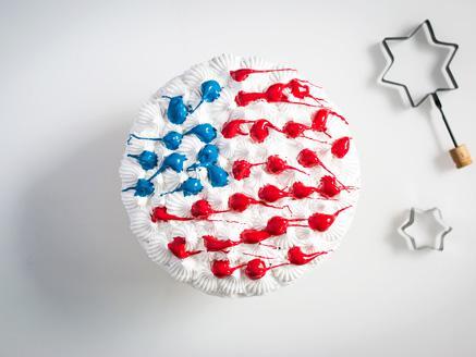 עוגה לכבוד יום העצמאות האמריקאי