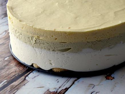 עוגת גבינה, פיסטוק ומנגו ללא אפייה