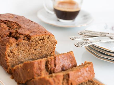 עוגת אגסים וקפה
