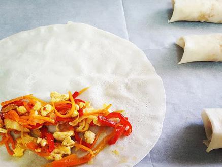אגרול חזה עוף וירקות אפוי בתנור