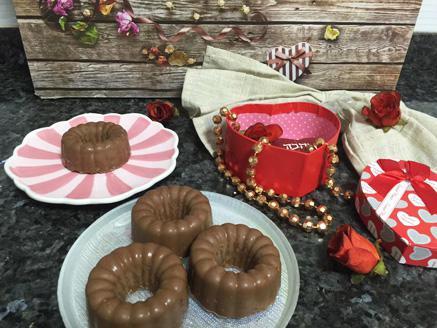 חטיפי פצפוצי אורז ושוקולד עם אגוזים ודבש