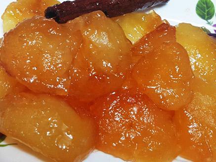 תפוח עץ מבושל עם דבש