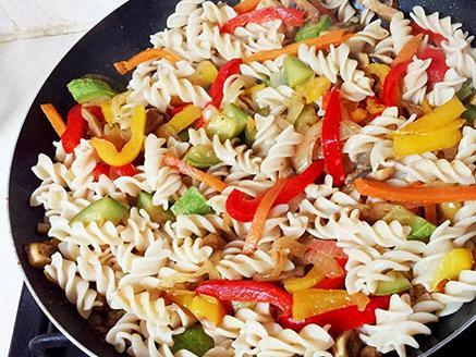 פסטה אורז עם ירקות