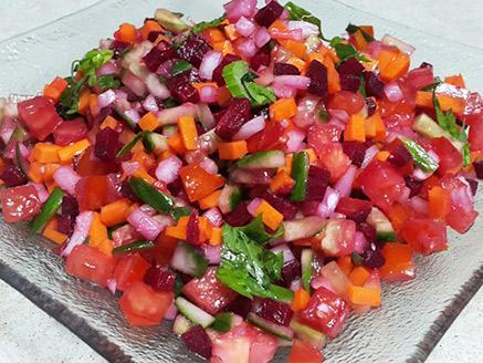 סלט ירקות ברוטב תפוזים