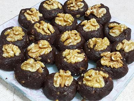כדורי שוקולד עם אגוזים