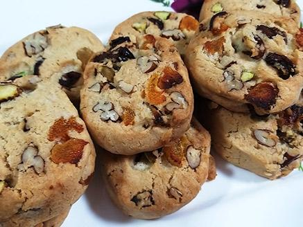 עוגיות משמש מיובש ופקאנים