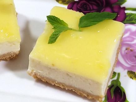 חיתוכיות גבינה עם קרם לימון